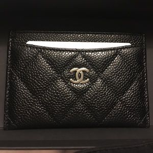 NWB Authentic Chanel Caviar Card Holder Italy